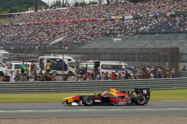 2017 Japanese Super Formula. Motegi, Japan. 19th - 20th August 2017. Rd 4. Winner Pierre Gasly ( #15 TEAM MUGEN SF14 ) action World Copyright: Yasushi Ishihara / LAT Images. Ref: 2017SF_Rd4_003