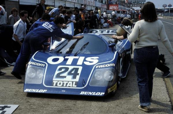 Jean Rondeau (FRA) / Francois Migault (FRA) Rondeau Ford M482 makes a pitstop.