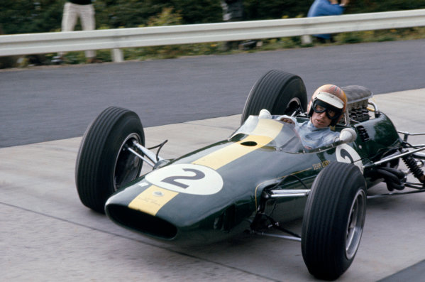 German Grand Prix. Nurburgring, Germany. 30/7 - 1/8 1965. RD7 Mike Spence, Lotus 33 retired on lap 8. Action. World Copyright: LAT Photographic. Ref: 65GER01