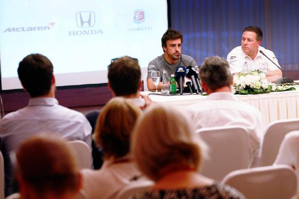 Bahrain International Circuit, Sakhir, Bahrain.  Wednesday 12 April 2017. Fernando Alonso and Zak Brown, Executive Director, McLaren Technology Group, announce Fernando's deal to race in the 2017 Indianapolis 500 in an Andretti Autosport run McLaren Honda car. World Copyright: Glenn Dunbar/LAT Images ref: Digital Image _31I6888