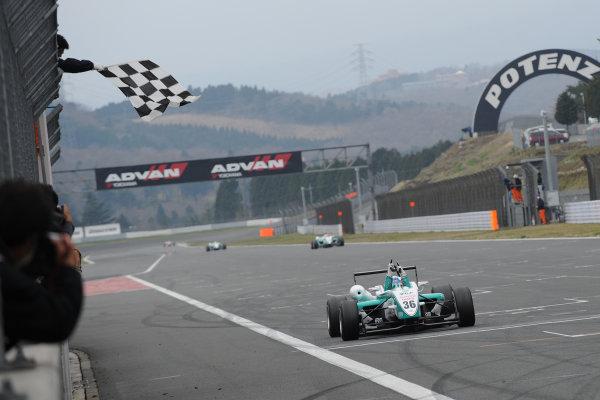 Fuji, Japan. 5th April 2009.Rd2 - Winner Takuto Iguchi ( #36 PETRONAS TOM'S F308 ) action.World Copyright: Yasushi Ishihara/LAT Photographicref: 2009JF3_R2_003