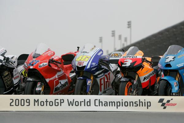 Qatar, Losail International Circuit.10th - 13th April 2009.Valentino Rossi M1 in MotoGP bike line upWorld Copyright: Martin Heath/LAT Photographic ref: Digital Image BPI_Moto 7n3l