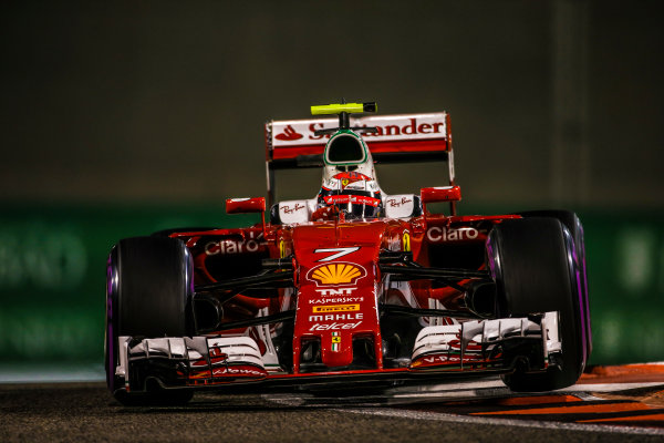 Yas Marina Circuit, Abu Dhabi, United Arab Emirates. Saturday 26 November 2016. Kimi Raikkonen, Ferrari SF16-H. World Copyright: Charles Coates/LAT Photographic ref: Digital Image DJ5R6650