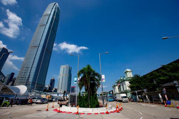 2016/2017 FIA Formula E Championship. Hong Kong ePrix, Hong Kong, China. Thursday 6 October 2016. A view of the circuit. Photo: Zak Mauger/LAT/Formula E ref: Digital Image _X0W0868