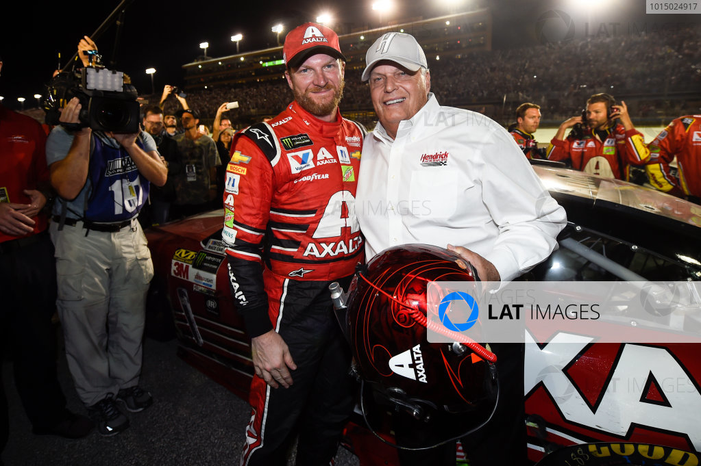 Monster Energy NASCAR Cup Series Ford EcoBoost 400 Homestead-Miami Speedway, Homestead, FL USA Sunday 19 November 2017 Dale Earnhardt Jr, Hendrick Motorsports, Axalta Chevrolet SS and Car owner Rick Hendrick. World Copyright: John K Harrelson LAT Images