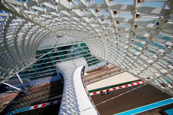 Yas Marina Circuit, Abu Dhabi, United Arab Emirates. Friday 24 November 2017. Valtteri Bottas, Mercedes F1 W08 EQ Power+. World Copyright: Andy Hone/LAT Images  ref: Digital Image _ONY0257