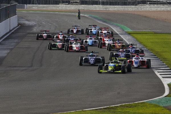 Start of Race 1 Billy Monger (GBR) Carlin BRDC British F3 leads