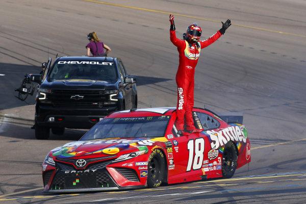 #18: Kyle Busch, Joe Gibbs Racing, Toyota Camry SKITTLES celebrates his win