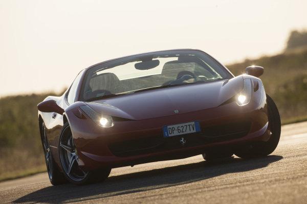 Ferrari 458 Spider, 2012