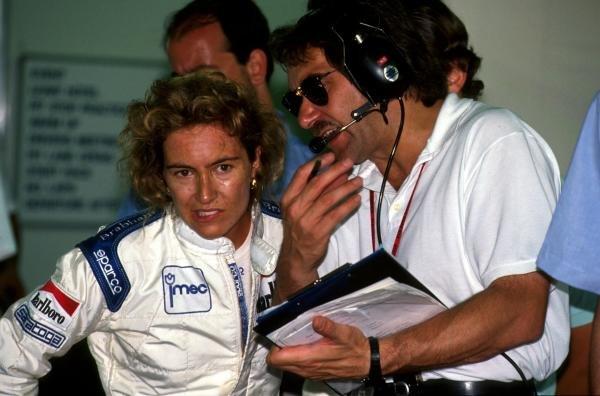 Giovanna Amati (ITA) left, with her engineer. Monaco GP, 31 May 1992