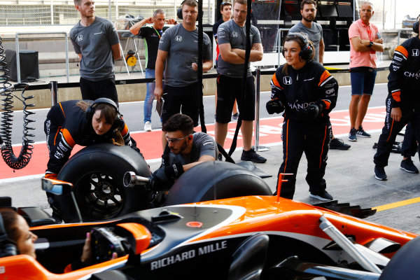 Red Bull Ring, Spielberg, Austria. Thursday 06 July 2017. The McLaren team organise an all-female pit stop. World Copyright: Steven Tee/LAT Images ref: Digital Image _O3I4952