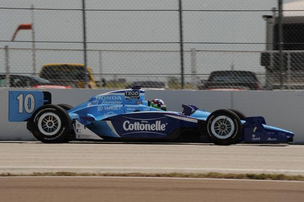 26-28 March 2010, St petersburg, Florida USA#10 Target Chip Ganassi Racing's Dario Franchitti.©Dan R. Boyd LAT Photographic USA