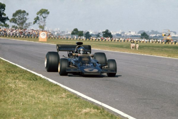 1973 Argentinian Grand Prix.Buenos Aires, Argentina. 28 January 1973.Ronnie Peterson, Lotus 72D-Ford, retired, action.World Copyright: LAT PhotographicRef: 35mm transparency 73ARG