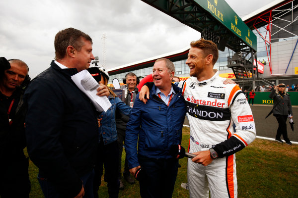 Silverstone, Northamptonshire, UK.  Thursday 13 July 2017. Sky commentators David Croft and Martin Brundle with jenson Button. World Copyright: Andy Hone/LAT Images  ref: Digital Image _ONZ3346