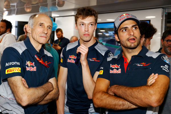 Hungaroring, Budapest, Hungary.  Saturday 29 July 2017. Franz Tost, Team Principal, Toro Rosso, Daniil Kvyat, Toro Rosso, and Carlos Sainz Jr, Toro Rosso. World Copyright: Steven Tee/LAT Images  ref: Digital Image _R3I3683
