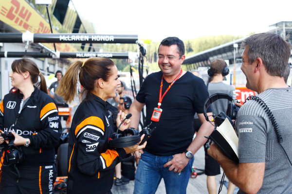 Red Bull Ring, Spielberg, Austria. Thursday 06 July 2017. The McLaren team organise an all-female pit stop. Eric Boullier, Racing Director, McLaren, shows his support. World Copyright: Steven Tee/LAT Images ref: Digital Image _O3I4966