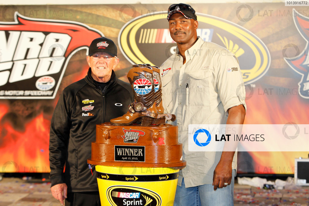 11-13 April, 2013, Fort Worth, Texas USA Joe Gibbs and Karl Malone in victory lane ©2013, Matthew T. Thacker LAT South USA .