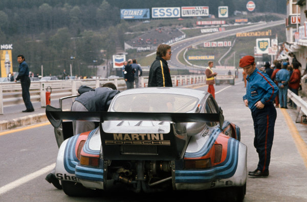 Spa-Francorchamps, Belgium. 5th May 1974. Rd 2.Gijs van Lennep/Herbert Muller (Porsche Carrera RSR), 3rd position, in the pits, action. World Copyright: LAT Photographic.Ref:  74SCARS