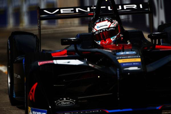2016/2017 FIA Formula E Championship. Hong Kong ePrix, Hong Kong, China. Sunday 9 October 2016. Stephane Sarrazin (FRA), Venturi, Spark-Venturi, Venturi VM200-FE-02.  Photo: Zak Mauger/LAT/Formula E ref: Digital Image _L0U1651