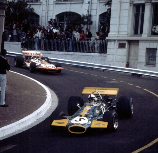 1970 Monaco Grand Prix.Monte Carlo, Monaco.7-10 May 1970.Jack Brabham (Brabham BT33 Ford) leads Chris Amon (March 701 Ford). Brabham finished in 2nd position.Ref: 3/4037V.World Copyright - LAT Photographic