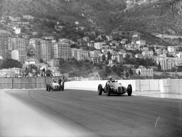 """""""B Bira"""", Maserati 4CLT-48, leads Louis Chiron, Maserati 4CLT-48."""