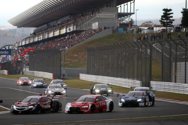 Daisuke Nakajima, Team Mugen Honda NSX-GT, Rene Rast, Audi Sport Team Rosberg Audi RS5 DTM.