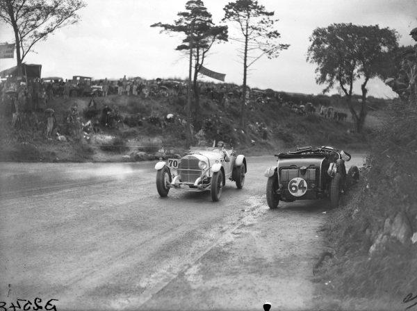 Rudolf Caracciola, Mercedes-Benz SS, passes the abandoned Bentley Blower of Bernard Rubin.