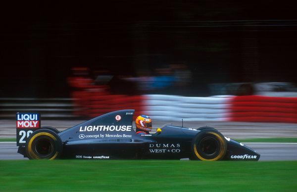 1993 Italian Grand Prix.Monza, Italy.10-12 September 1993.Karl Wendlinger (Sauber C12 Ilmor) 4th position.Ref-93 ITA 11.World Copyright - LAT Photographic