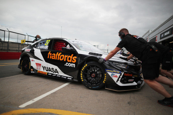 Dan Cammish (GBR) Halfords Yuasa Racing Honda Civic Type R