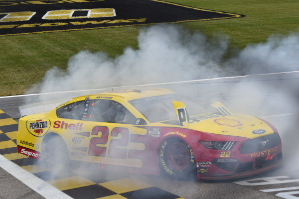 #22: Joey Logano, Team Penske, Ford Mustang Shell Pennzoil celebrates his win