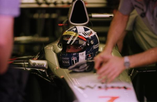 1998 Italian Grand Prix.Monza, Italy.11-13 September 1998.David Coulthard (McLaren MP4/13 Mercedes-Benz).World Copyright - LAT Photographic