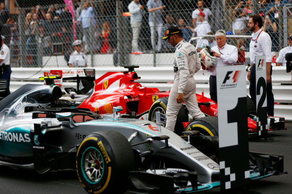 Monte Carlo, Monaco. Sunday 24 May 2015. Lewis Hamilton, Mercedes AMG, 3rd Position, in Parc Ferme. World Copyright: Andy Hone/LAT Photographic. ref: Digital Image _ONZ1028