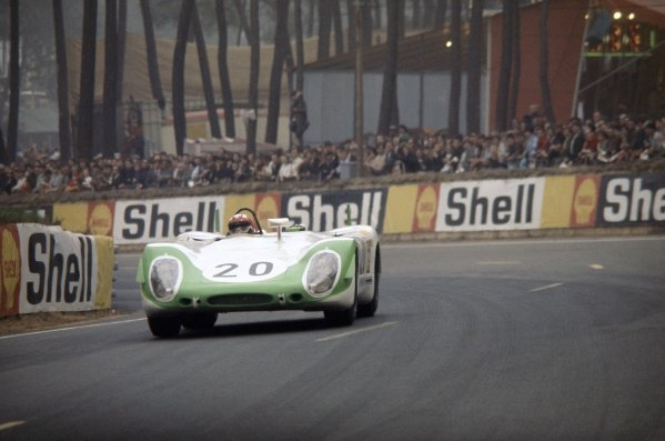 1969 Le Mans 24 hours. Le Mans, France. 14-15 June 1969. Jo Siffert (pictured)/Brian Redman (Porsche 908), retired. World Copyright: LAT Photographic Ref: 69LM06.
