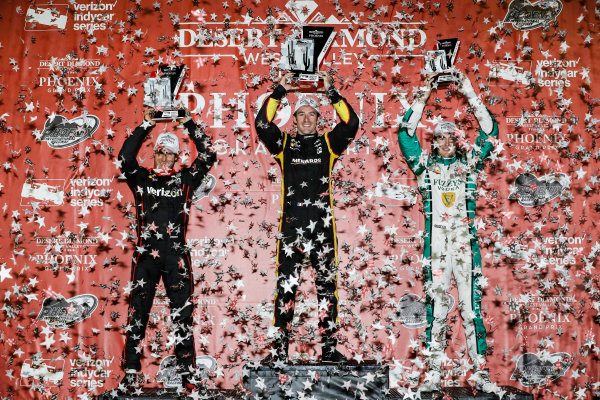 Verizon IndyCar Series Desert Diamond West Valley Phoenix Grand Prix Phoenix Raceway, Avondale, AZ USA Saturday 29 April 2017 Will Power, Team Penske Chevrolet Simon Pagenaud, Team Penske Chevrolet JR Hildebrand, Ed Carpenter Racing Chevrolet podium World Copyright: Michael L. Levitt LAT Images