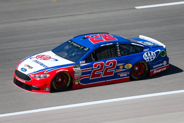 Monster Energy NASCAR Cup Series Go Bowling 400 Kansas Speedway, Kansas City, KS USA Friday 12 May 2017 Joey Logano, Team Penske, AAA Insurance Ford Fusion World Copyright: Barry Cantrell LAT Images ref: Digital Image 17KAN1bc1030