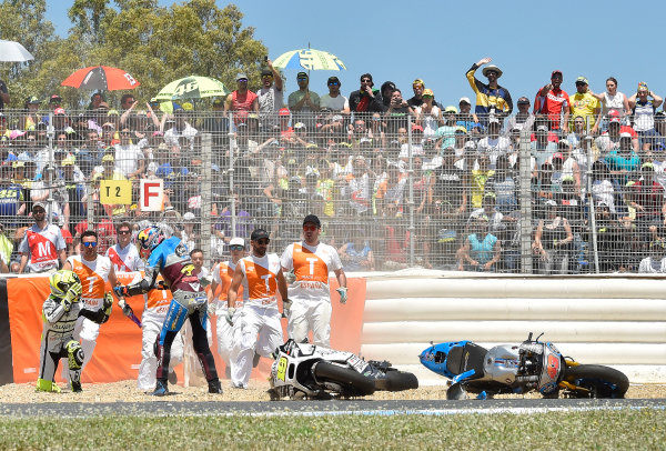 2017 MotoGP Championship - Round 4 Jerez, Spain Sunday 7 May 2017 Jack Miller, Estrella Galicia 0,0 Marc VDS, Alvaro Bautista, Aspar Racing Team crash World Copyright: Gold & Goose Photography/LAT Images ref: Digital Image 16041