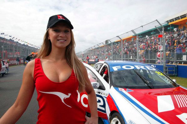 2005 Australian V8 SupercarsAlbert Park, Melbourne, Australia. 4th - 6th March.A grid girl at work bfore race 3.World Copyright: Mark Horsburgh/LAT Photographicref: Digital Image Only