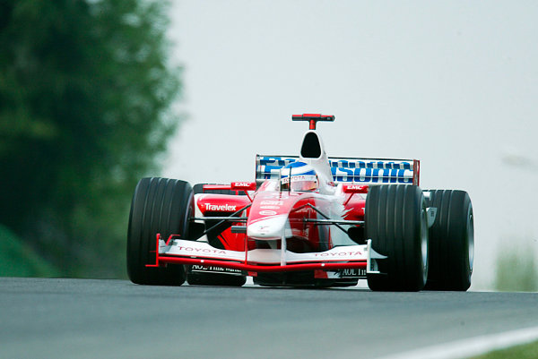 2003 San Marino Grand Prix - Saturday 2nd Qualifying,Imola, Italy.19th April 2003.Olivier Panis, Toyota TF103, action.World Copyright LAT Photographic.ref: Digital Image Only.