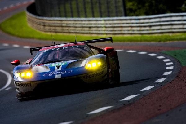 2016 Le Mans 24 Hours. Circuit de la Sarthe, Le Mans, France. Sunday 19 June 2016. Ford Chip Ganassi Team USA / Ford GT - Joey Hand (USA), Dirk Muller (DEU), Sebastien Bourdais (FRA).  World Copyright: Zak Mauger/LAT Photographic ref: Digital Image _79P8704