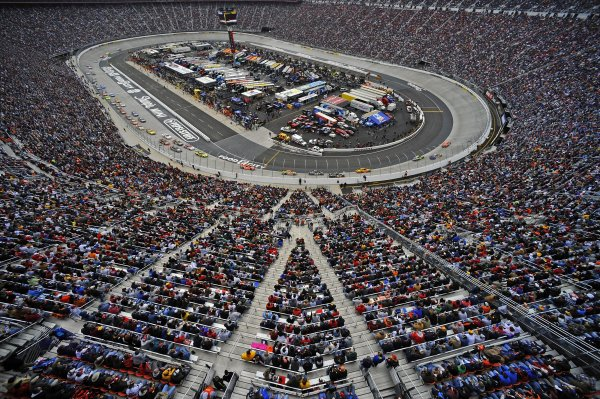 14-16 March 2008, Bristol, Tennessee, USA Full House at Bristol Motor Speedway. ©F.Peirce Williams 2008, USA  LAT Photographic