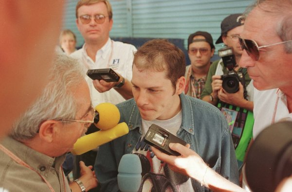 1996 Japanese Grand Prix.Suzuka, Japan.11-13 October 1996.Jacques Villeneuve (Williams Renault) after crashing out of the race and losing a chance of the title.World Copyright - LAT Photographic