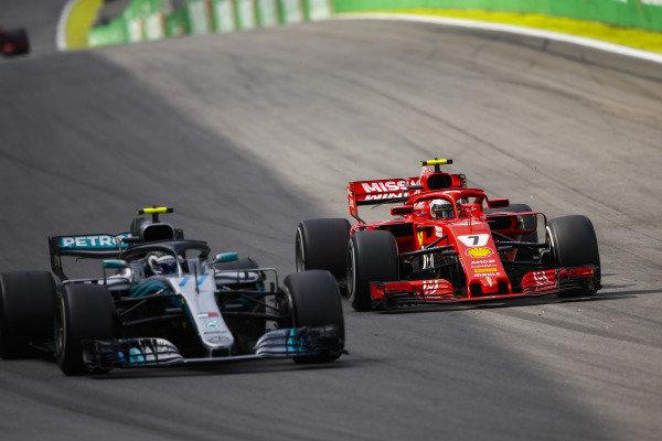 Kimi Raikkonen, Ferrari SF71H, výzvy Valtteri Bottas, Mercedes AMG F1 W09.