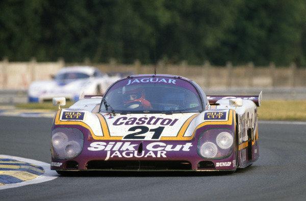 Le Mans, France. 11th - 12th June 1988 Danny Sullivan/Davy Jones/Price Cobb Jaguar XJR-9 LM, 16th position, action. World Copyright: LAT Photographic ref: 88LM58