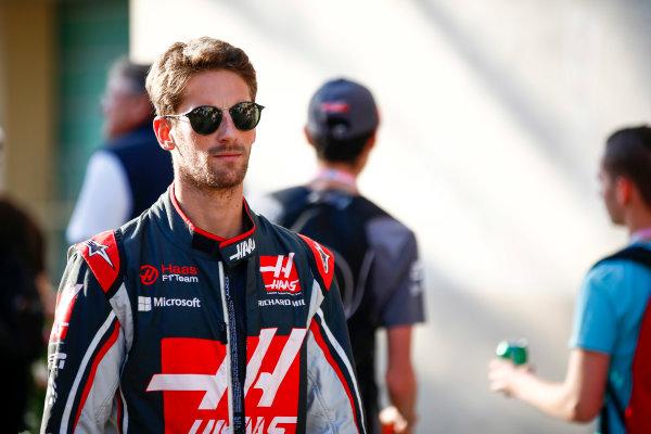 Yas Marina Circuit, Abu Dhabi, United Arab Emirates. Sunday 26 November 2017. Romain Grosjean, Haas F1.  World Copyright: Andy Hone/LAT Images  ref: Digital Image _ONY3322