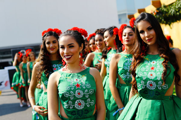 Autodromo Hermanos Rodriguez, Mexico City, Mexico. Sunday 29 October 2017. Promotional girls in the paddock. World Copyright: Steven Tee/LAT Images  ref: Digital Image _O3I9016