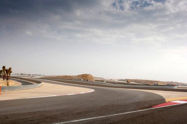 Bahrain International Circuit, Sakhir, Bahrain.24th February 2010.The new F1 Grand Prix track layout.World Copyright: Alastair Staley/LAT Photographic ref: Digital Image _P9O0052