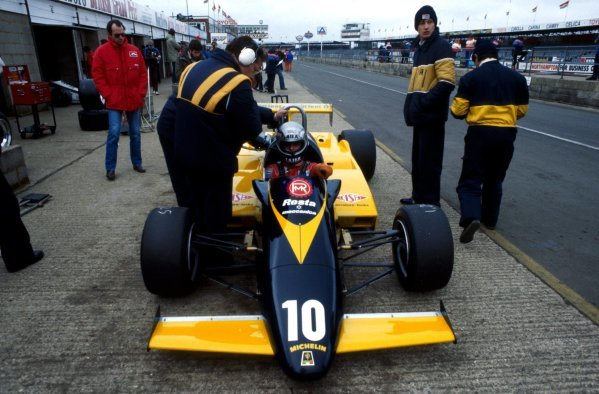 Alessandro Nannini (ITA), Minardi.