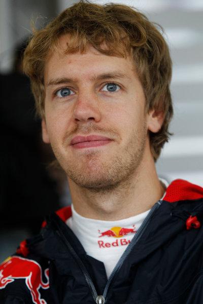 Suzuka Circuit, Suzuka, Japan. 9th October 2010. Sebastian Vettel, Red Bull Racing RB6 Renault. Portrait.  World Copyright: Andrew Ferraro/LAT Photographic ref: Digital Image _Q0C8912