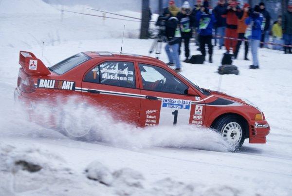 1999 World Rally Championship.Swedish Rally, Sweden. 12-14 February 1999.Tommi Makinen/Risto Mannisenmaki (Mitsubishi Lancer Evo6), 1st position.World Copyright: LAT PhotographicRef: 35mm transparency 99RALLY02