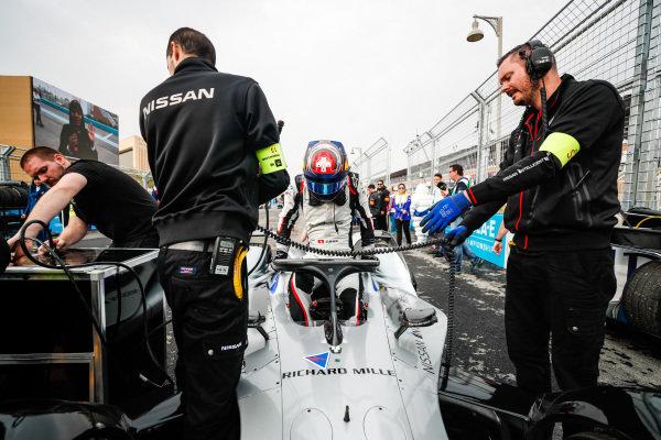 Sébastien Buemi (CHE), Nissan e.Dams, Nissan IMO1 arrives on the grid